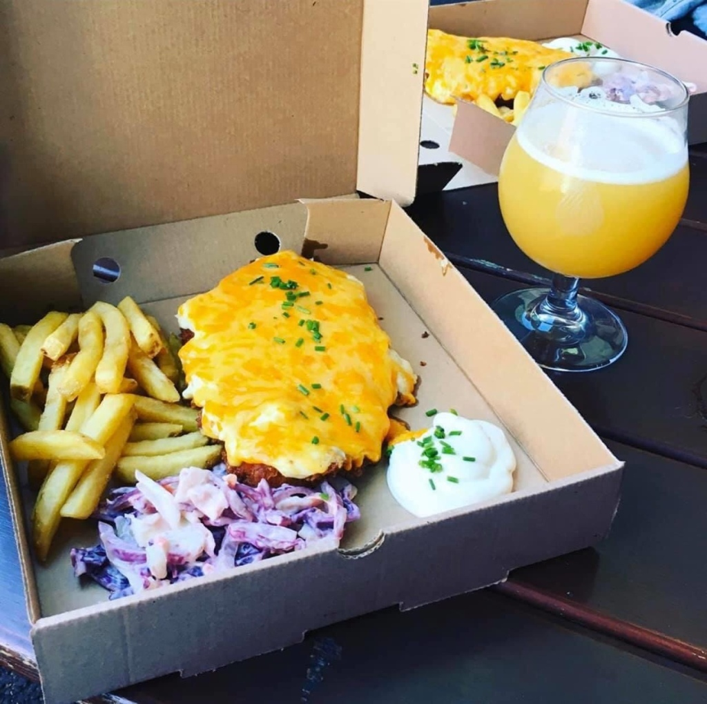 Newcastle foodies, food in Newcastle, parmo, parmos, parmos in Newcastle, takeaway food Newcastle, parm-o-rama, ParmoRama, Newcastle upon Tyne, by the river brew food